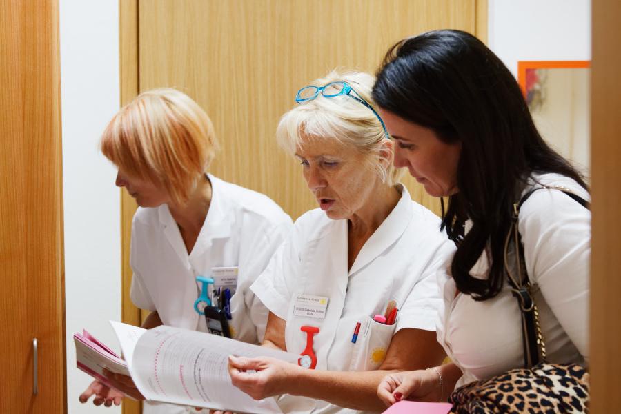 Die Breast Care Nurses vom Goldenen Kreuz im persönlichen Gespräch