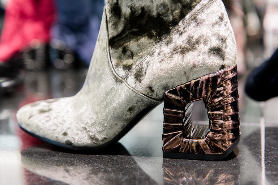 Diese Stiefel solltet ihr euch im Sale nicht entgehen lassen!