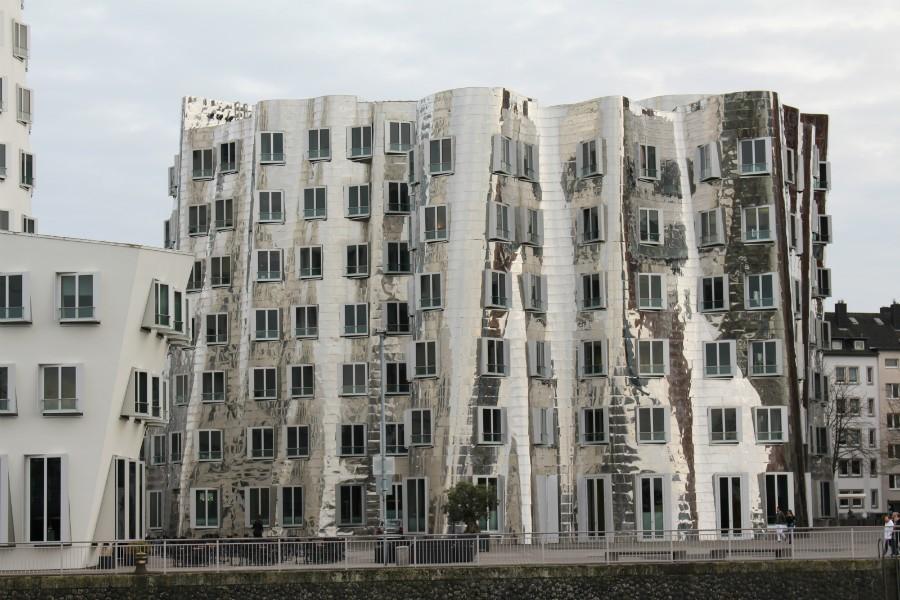 Gehry Gebäude1