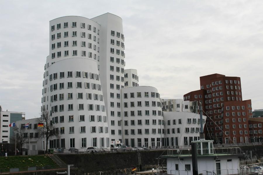 Gehry Gebäude2