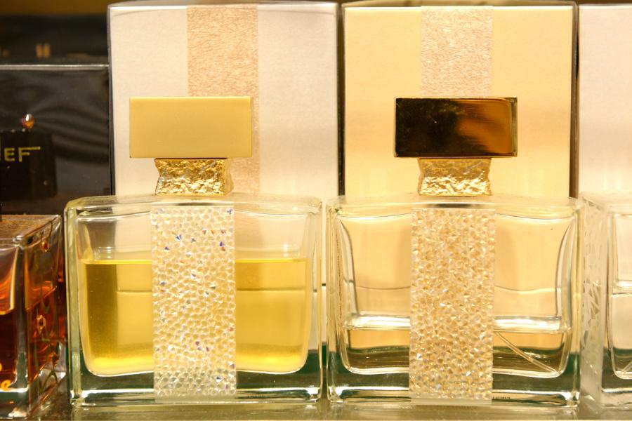 Le Parfum8