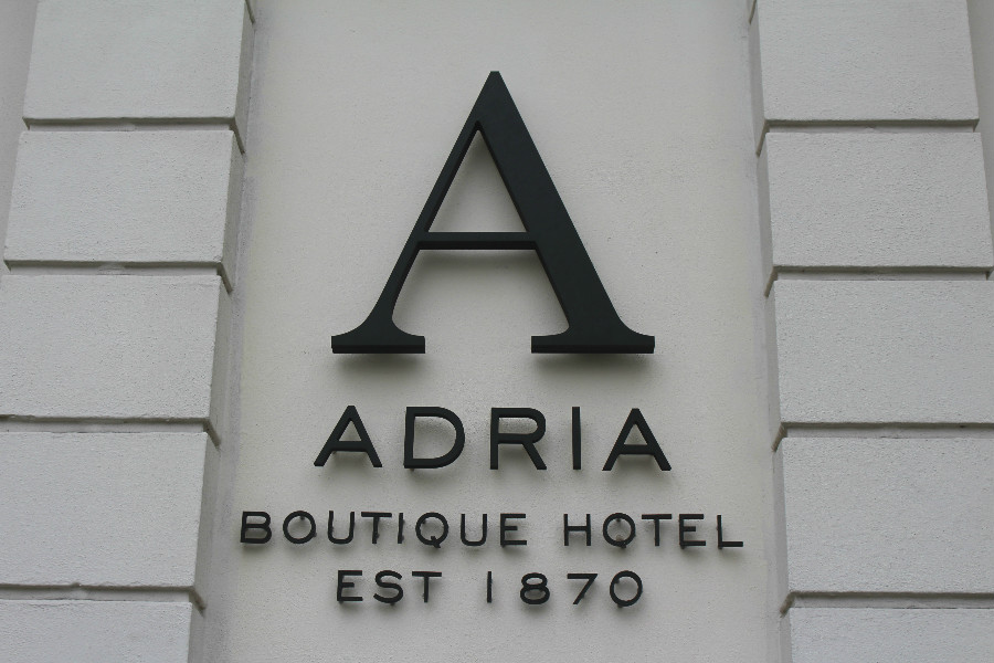 London_Adria_Hotel3