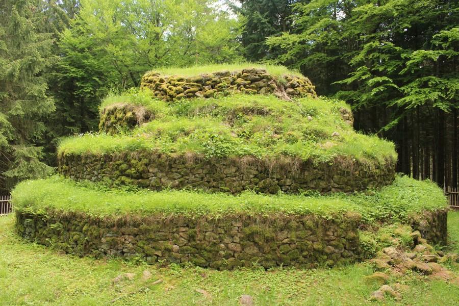 Steinpyramide5.jpg